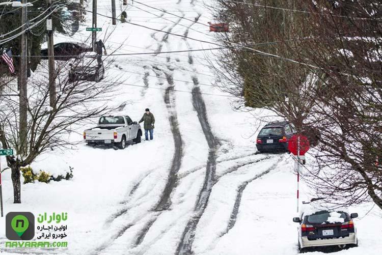 آهسته راندن در جاده ها برفی و زمستان