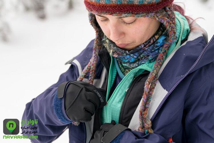 همراه داشتن لباس گرم در زمان رانندگی در زمستان